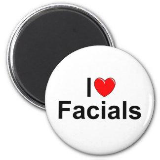 I Love (Heart) Facials 6 Cm Round Magnet