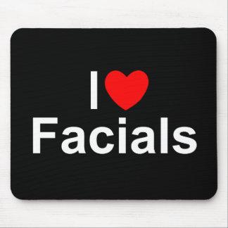 I Love (Heart) Facials Mouse Pad