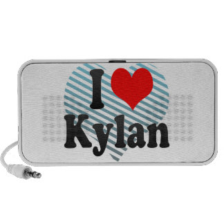 I love Kylan Mini Speaker