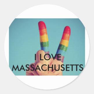 """""""I LOVE MASSACHUSETTS"""" CLASSIC ROUND STICKER"""