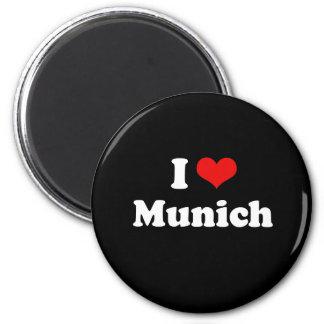 I LOVE MUNICH 6 CM ROUND MAGNET