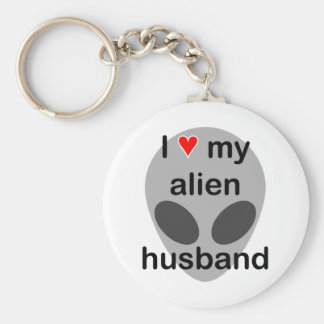 I love my alien husband key ring