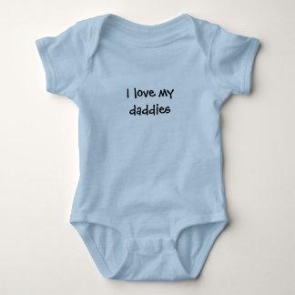 """""""I love my daddies"""" Baby Bodysuit"""