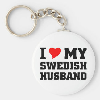 I love my swedish husband basic round button key ring