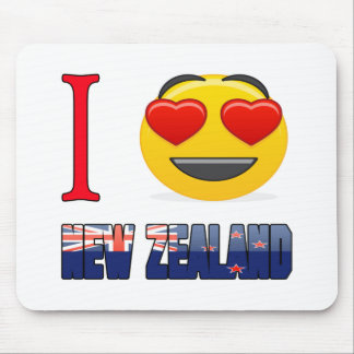 I love NEW ZEALNAD. Mouse Pad