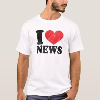 I Love News Basic T-Shirt