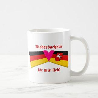 I Love Niedersachsen ist mir lieb Basic White Mug
