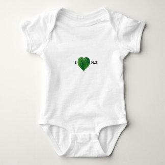 I Love NZ Onsie Baby Bodysuit