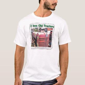 I love old International Harvester tractors T-Shirt