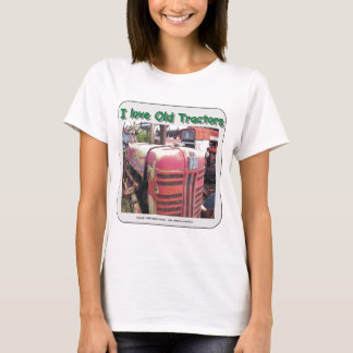 I love old International Harvester tractors T-Shirt