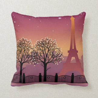 I love Paris in the evening Throw Pillow