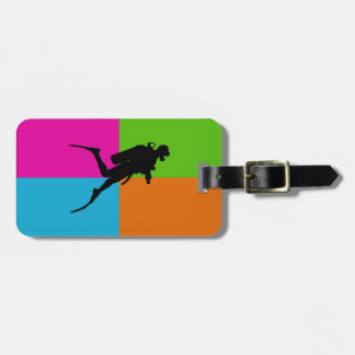 I love scuba diving luggage tag