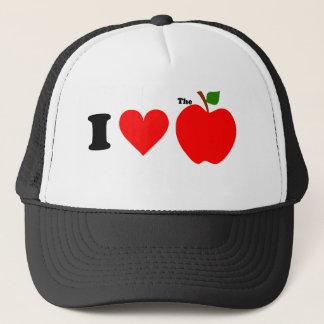 I love the big apple trucker hat