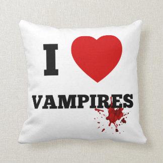 I love Vampires Throw Cushions