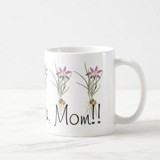 I Love You, MOM! Cute Flowers Art Mug