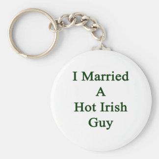 I Married A Hot Irish Guy Basic Round Button Key Ring