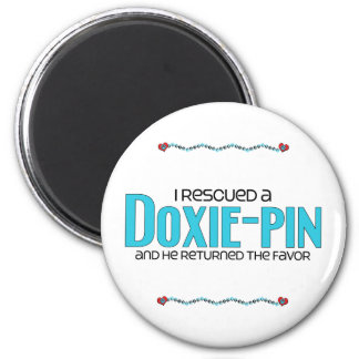 I Rescued a Doxie-Pin (Male) Dog Adoption Design 6 Cm Round Magnet