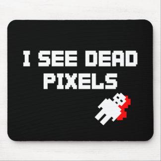 I See Dead Pixels Dark Mouse Mat