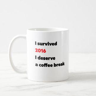 """I survived 2016"" coffee mug"