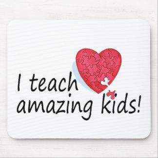 I Teach Amazing Kids Mouse Pad