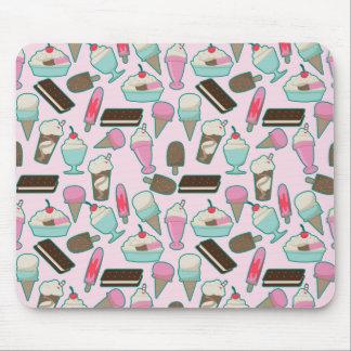 Ice cream pattern mousepad
