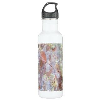 Ice on the ground 710 ml water bottle