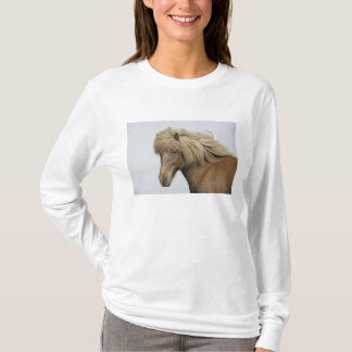 Iceland. Portrait of an Icelandic horse. T-Shirt