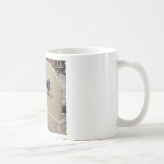 Idaho Springs, Colorado Welcome Sign Basic White Mug