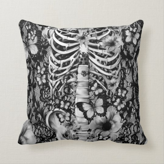 Idiopathic idiot floral lace skeleton cushion