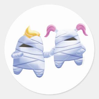 Idolz Monsters Tut & Tess Classic Round Sticker
