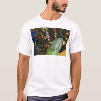 Iguana Wish You A Merry Christmas T-Shirt