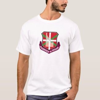 Ikurrina shield: Basques in Idaho, T-Shirt