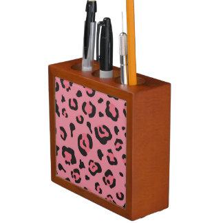 Illustration of Leopard Pink Animal Desk Organiser