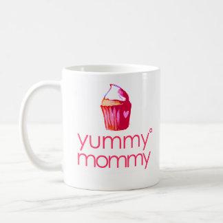 i'm a yummy mommy Mug