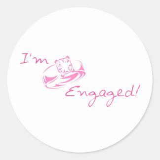 I'm Engaged (Pink) Round Sticker
