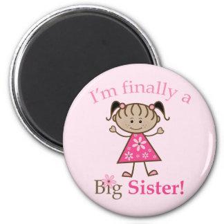 I'm Finally a Big Sister Ethnic Stick Figure Girl 6 Cm Round Magnet