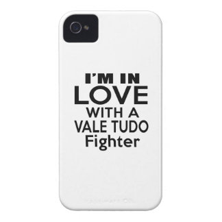 I'M IN LOVE WITH VALE TUDO FIGHTER iPhone 4 CASES