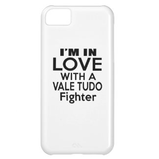 I'M IN LOVE WITH VALE TUDO FIGHTER iPhone 5C CASE