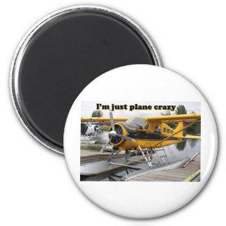 I'm just plane crazy: float plane 6 cm round magnet