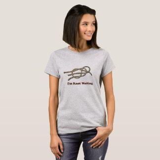 I'm Knot Waiting - Women's Basic T-Shirt