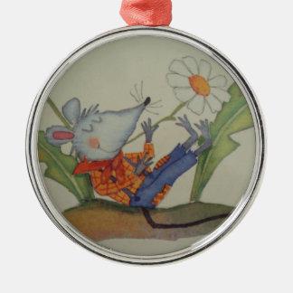 image of a ratinho christmas ornament