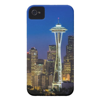 Image of Seattle Skyline in morning hours. iPhone 4 Case-Mate Case