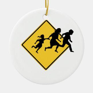 Immigrant crossing round ceramic decoration