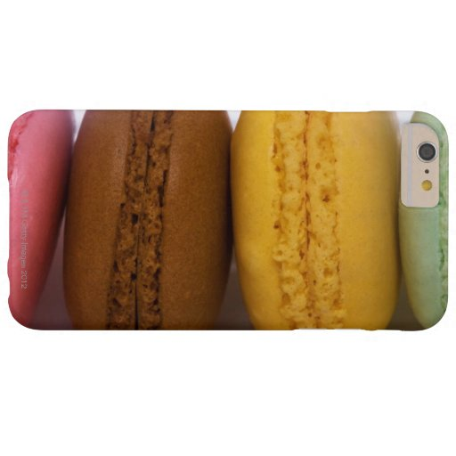 Imported gourmet French macarons (macaroons) Blackberry Bold Cases