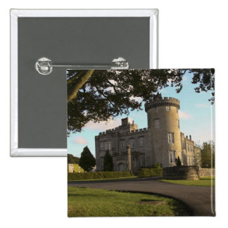 In Ireland, the Dromoland Castle side entrance 15 Cm Square Badge