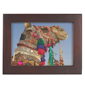 INDIA, Rajasthan, Pushkar: PUSHKAR CAMEL FAIR, Keepsake Box