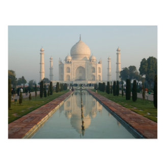 INDIA, Uttar Pradesh, Agra: Taj Mahal, Morning Postcard
