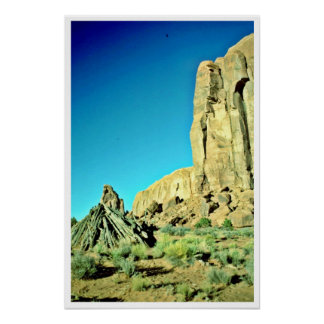 Indian Hogan Near Red Buttes Posters
