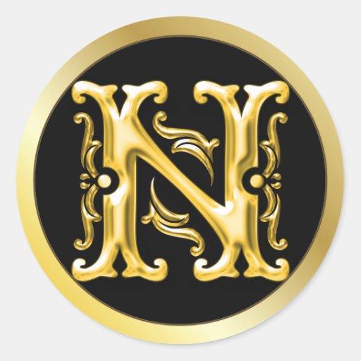 Initial N Round Sticker in Gold