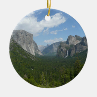Inspiration Point in Yosemite National Park Round Ceramic Decoration